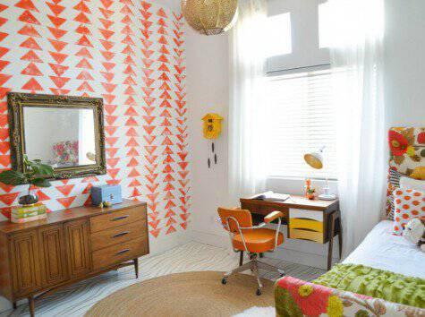 Το πορτοκαλί είναι ένα χρώμα που δίνει παιχνιδιάρικη διάθεση σε ένα δωμάτιο αλλά επίσης αποτελεί και καλό φενγκ σούι.